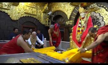 Embedded thumbnail for Honourable Prime Minister of India Shri Narendra Modi at Shri Saibaba Samadhi Temple